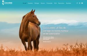 Les Cavaliers de la Louvière, centre équestre dans le Vaucluse en Provence.